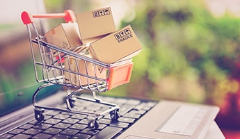 Employee Advocacy for Retail: A Strategy to Compete with Amazon?